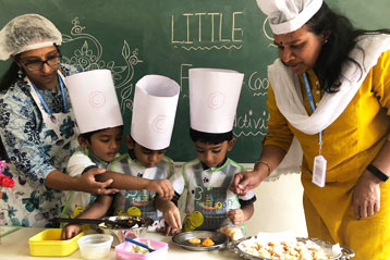 Learning cooking in school 3